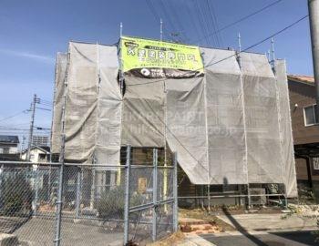 岡山市北区O様邸 屋根と外壁の塗装工事着工です。