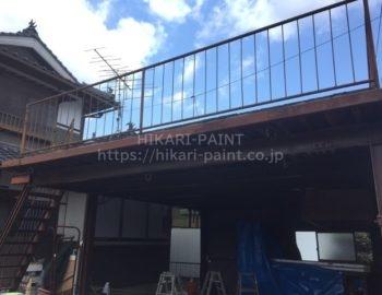 赤磐市周匝Y様邸で、鉄骨塗装と防水工事をしています。