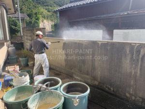玉野市Y様邸で、塀の塗装工事着工です。