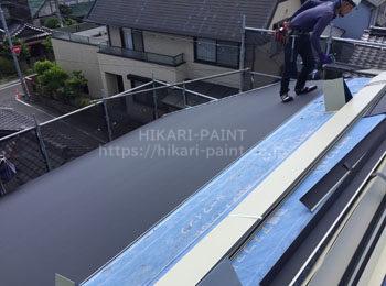 屋根 鉄板張り