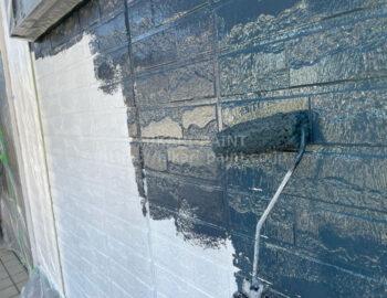 外壁 チャコール 中塗り