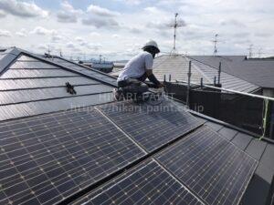 屋根 太陽光パネル復旧中😃